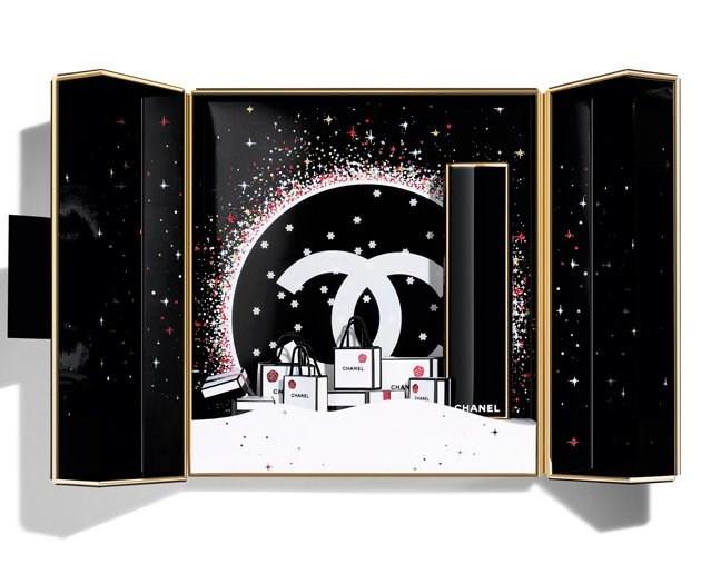 シャネルの2019年クリスマスコフレ:ルージュ アリュール ホリデー コフレ